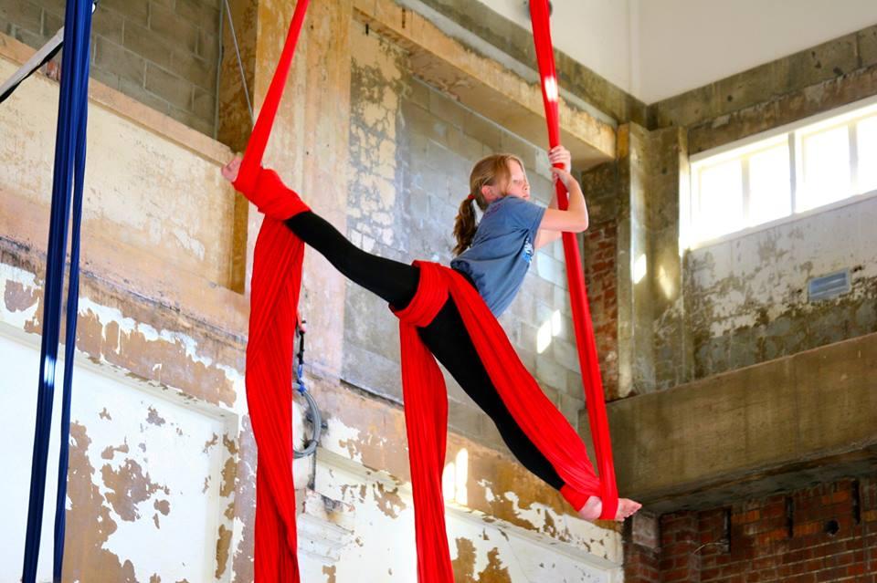 Tamara Klink circus performer